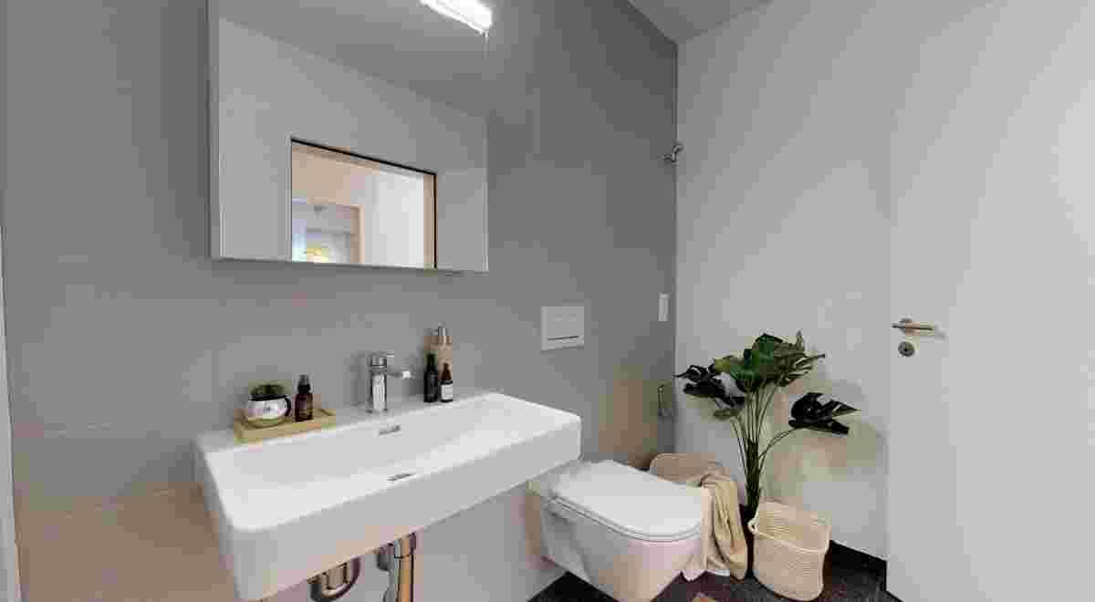 Grosszugige 35 Zimmerwohnung in Seenahe 10152019 100131