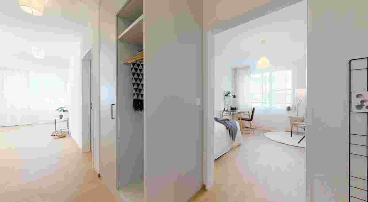 Grosszugige 35 Zimmerwohnung in Seenahe 10152019 100357