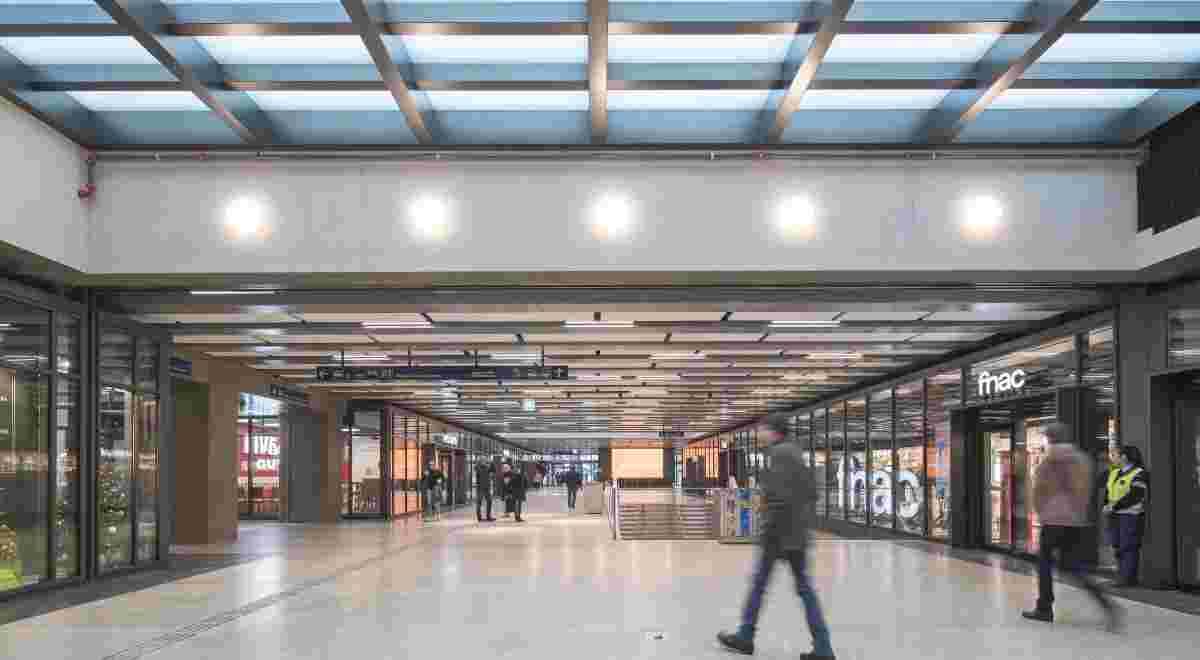 O Centre DMK HRS OVI 13