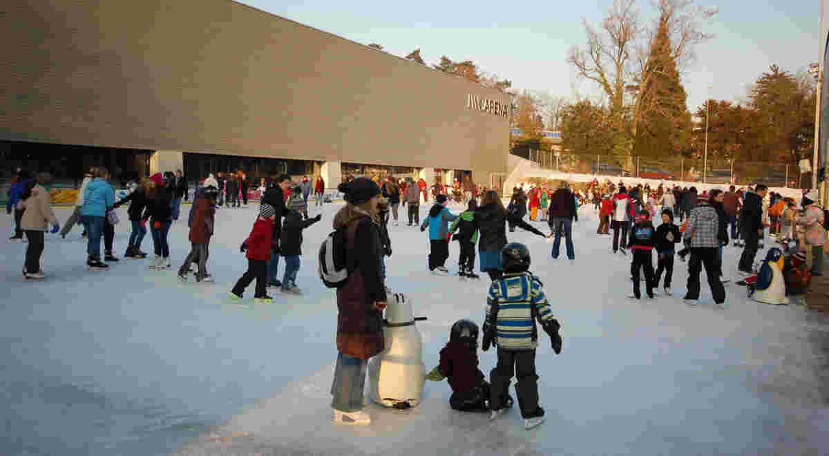 Web Schaffhausen Iwc Eissportanlage Arena Foto2