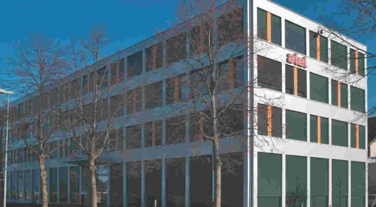 Gewerbehaus Lindenstrasse