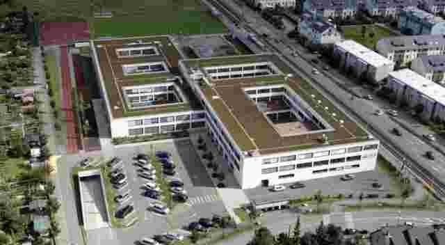 Web ISB Reinach Luftbild August 2007 Neubau fertig pod