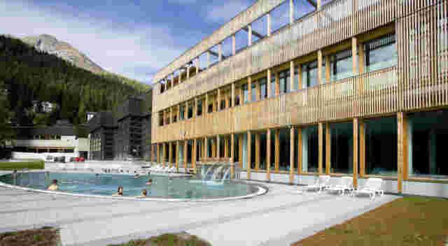 Web Davos Hallenbad Foto1