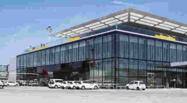 Zürich Flughafen Dock B